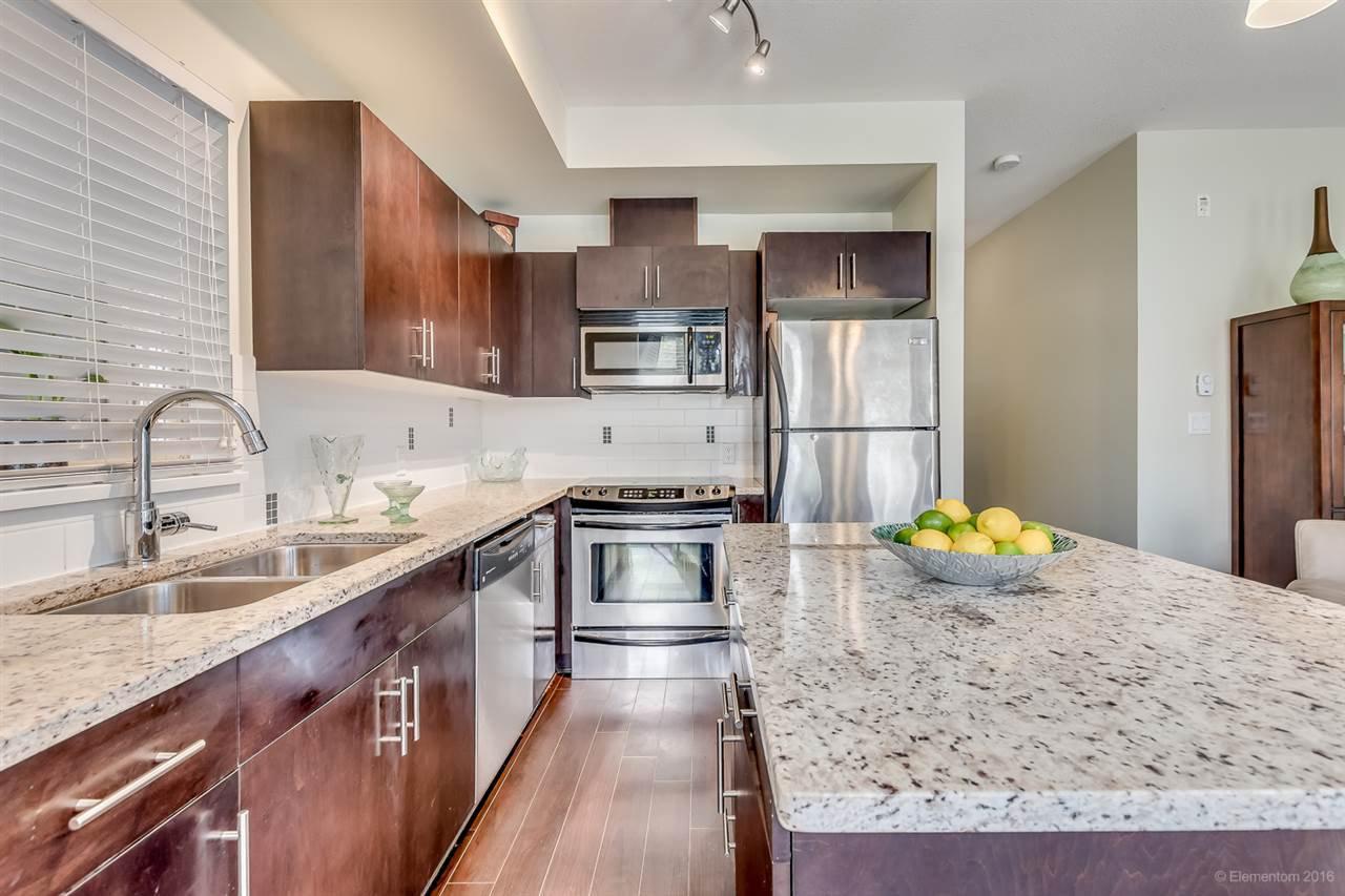 "Main Photo: 121 2108 ROWLAND Street in Port Coquitlam: Central Pt Coquitlam Condo for sale in ""AVIVA"" : MLS®# R2078530"