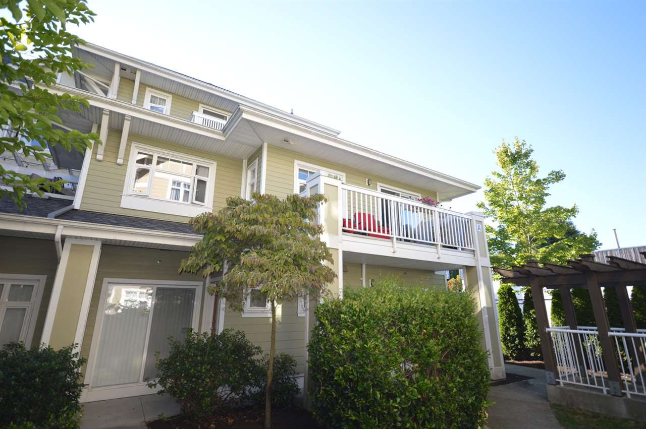 "Main Photo: 5 7388 MACPHERSON Avenue in Burnaby: Metrotown Townhouse for sale in ""ACACIA GARDENS"" (Burnaby South)  : MLS®# R2096974"