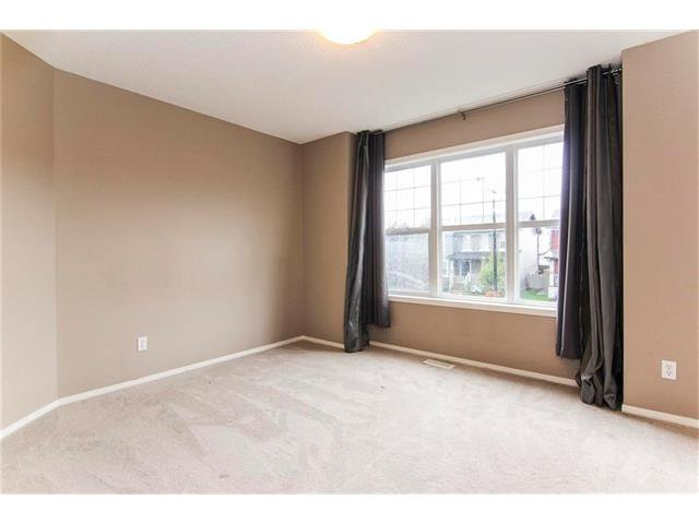 Photo 16: Photos: 136 EVERSYDE Boulevard SW in Calgary: Evergreen House for sale : MLS®# C4081553