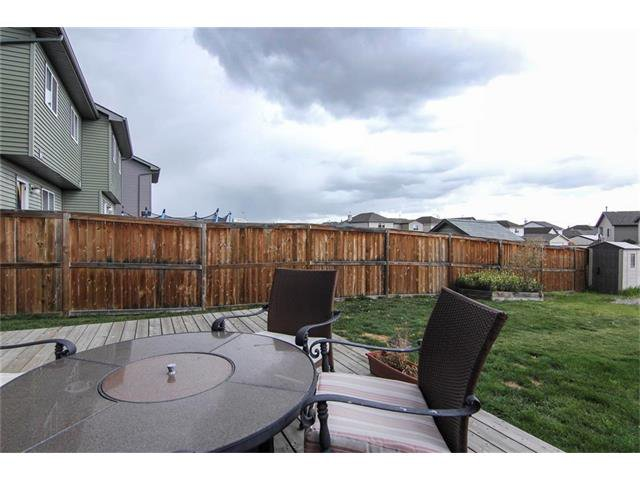 Photo 25: Photos: 136 EVERSYDE Boulevard SW in Calgary: Evergreen House for sale : MLS®# C4081553