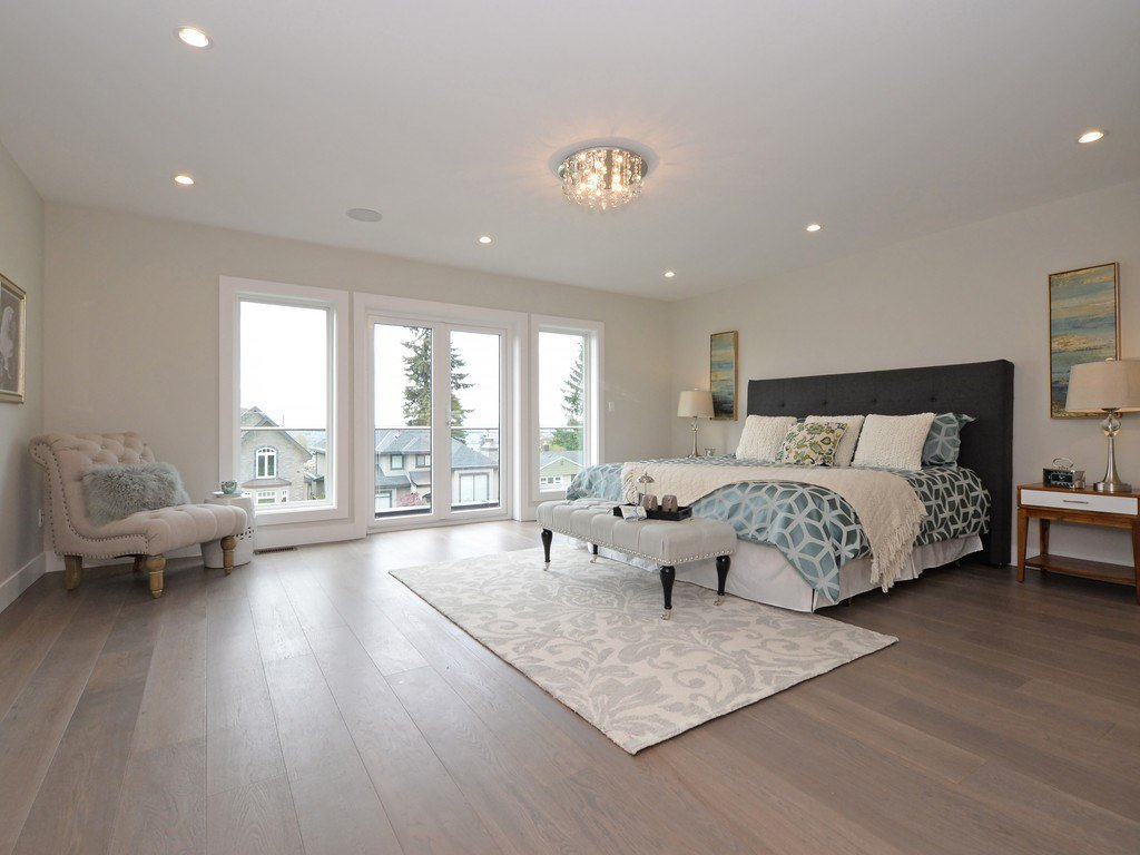 Photo 13: Photos: 738 E 7TH Street in North Vancouver: Queensbury House for sale : MLS®# R2164158