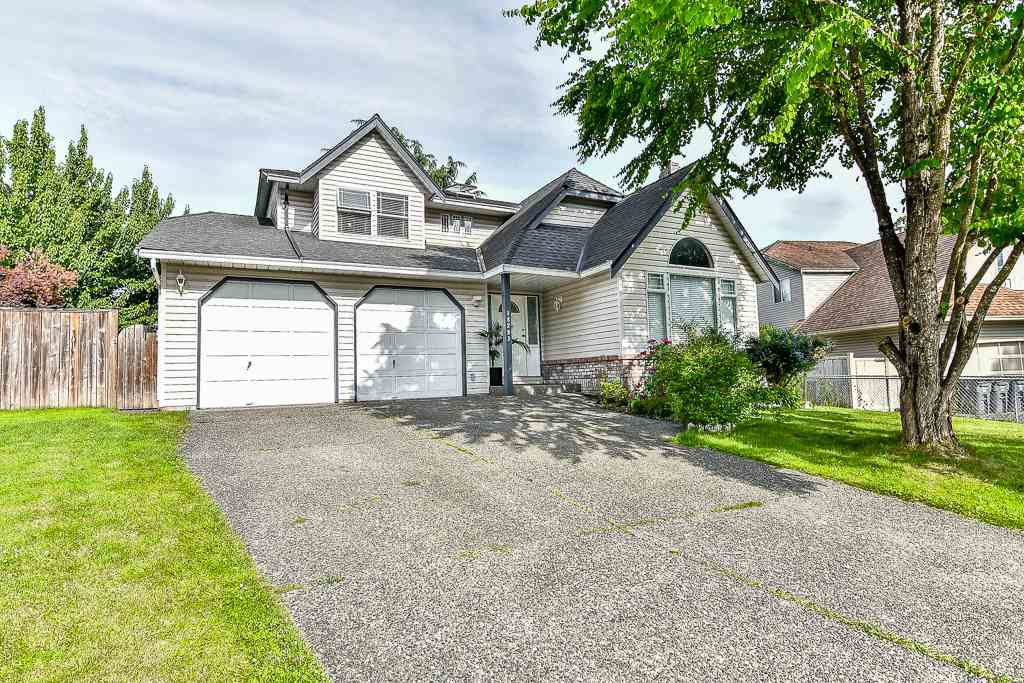 Main Photo: 18293 58A Avenue in Surrey: Cloverdale BC House for sale (Cloverdale)  : MLS®# R2176243