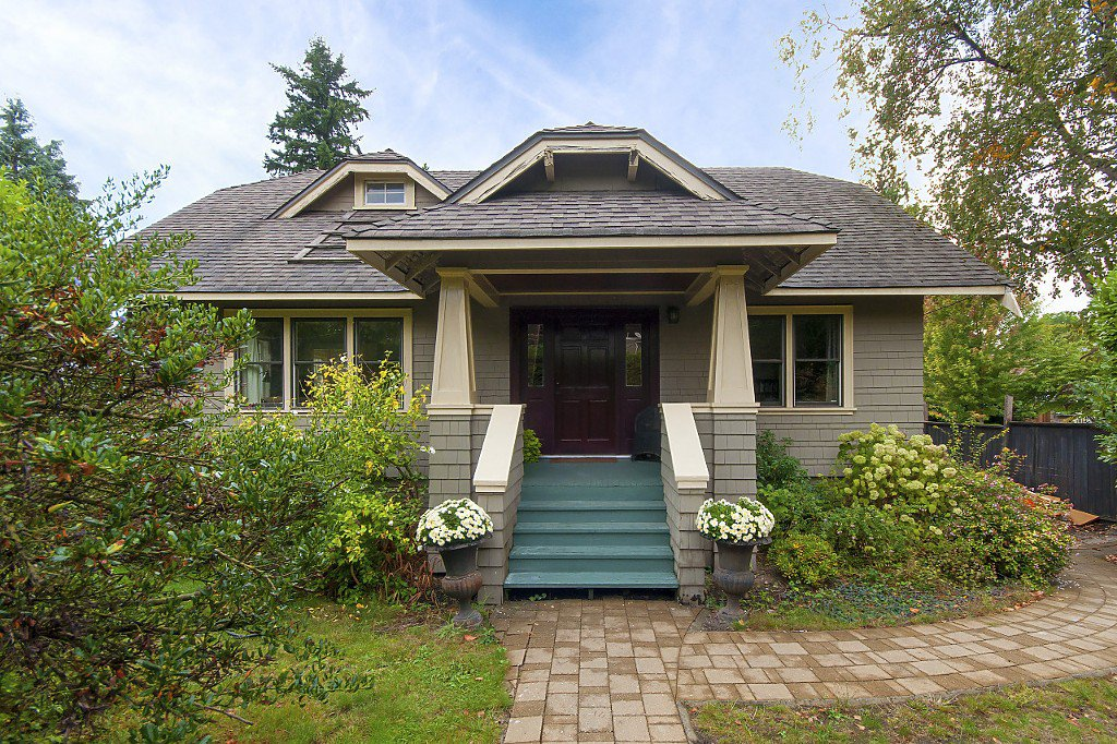 Main Photo: 5011 DUNBAR Street in Vancouver: Dunbar House for sale (Vancouver West)  : MLS®# R2211512