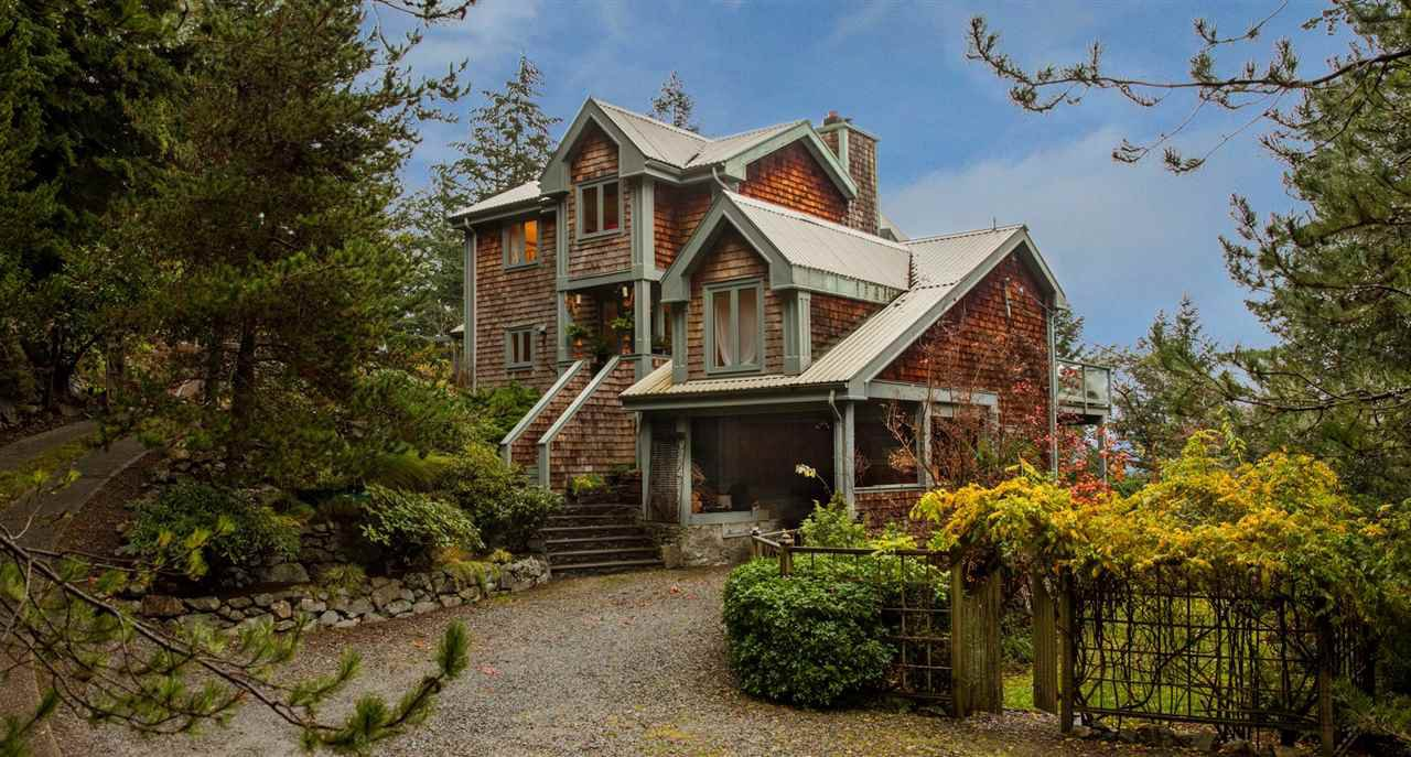 "Main Photo: 340 CREEK Road: Bowen Island House for sale in ""Eagle Cliff"" : MLS®# R2244469"