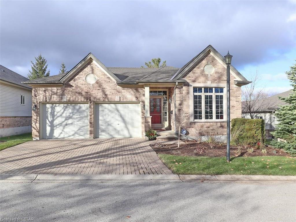 Main Photo: 39 681 W COMMISSIONERS Road in London: South C Residential for sale (South)  : MLS®# 165587