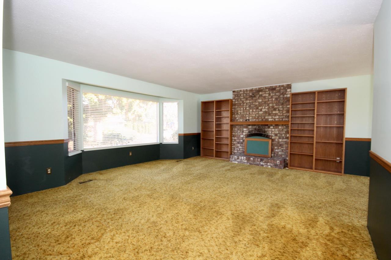 Photo 5: Photos: 211 52 Street in Delta: Pebble Hill House for sale (Tsawwassen)  : MLS®# R2330373