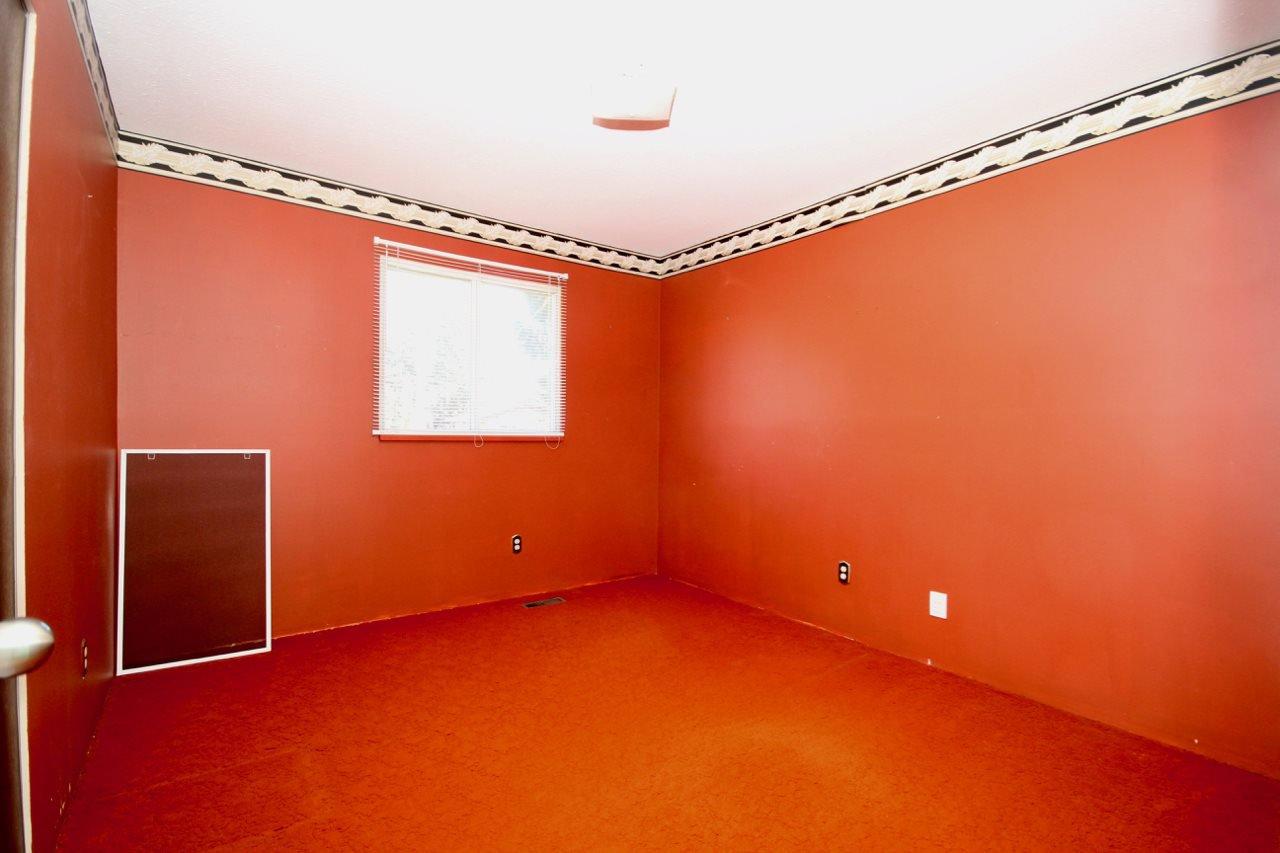 Photo 12: Photos: 211 52 Street in Delta: Pebble Hill House for sale (Tsawwassen)  : MLS®# R2330373