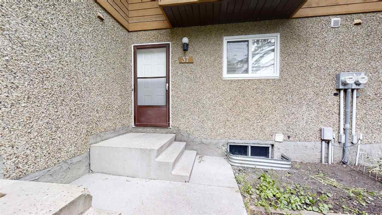 Main Photo: 37 3812 20 Avenue in Edmonton: Zone 29 Townhouse for sale : MLS®# E4211701
