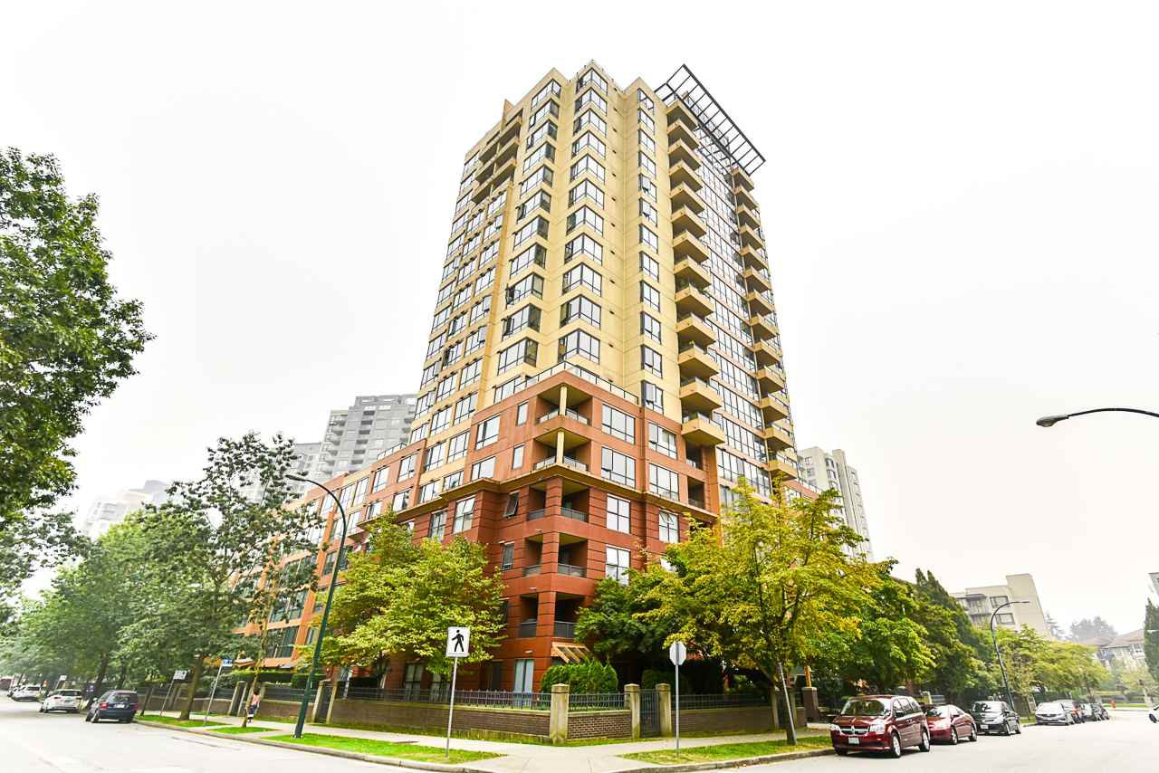 "Main Photo: 908 5288 MELBOURNE Street in Vancouver: Collingwood VE Condo for sale in ""EMERALD PARK PLACE"" (Vancouver East)  : MLS®# R2498733"