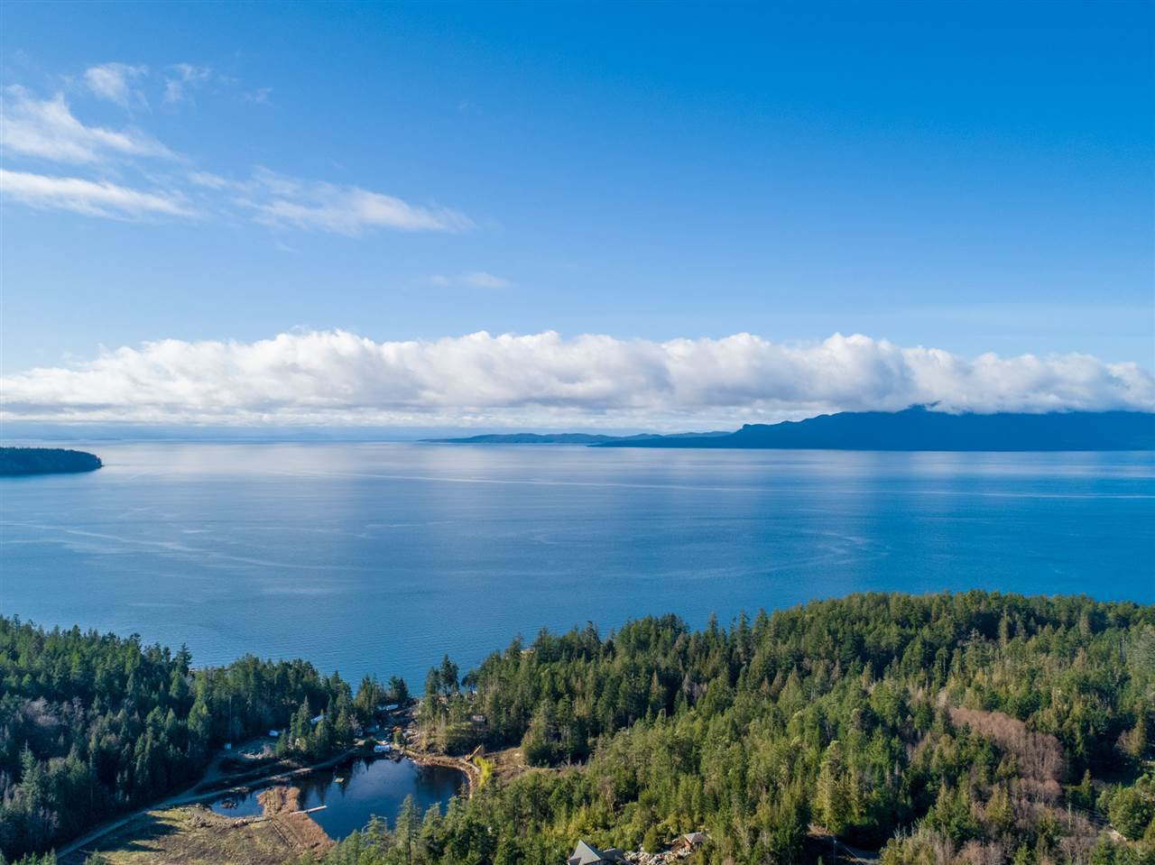 "Main Photo: DL 6233 WOODBAY RIDGE Road in Halfmoon Bay: Halfmn Bay Secret Cv Redroofs Land for sale in ""WOODBAY HEIGHTS"" (Sunshine Coast)  : MLS®# R2516591"