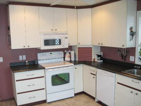 Photo 6: Photos: 907 Battle St.: House for sale (South Kamloops)  : MLS®# New