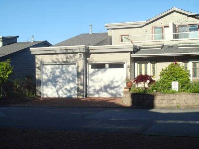 Main Photo: 26 323 GOVERNORS Court in New Westminster: Fraserview NW Townhouse for sale : MLS®# V914948