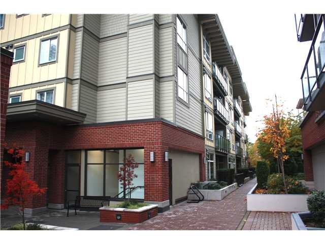 "Main Photo: 101 2957 GLEN Drive in Coquitlam: North Coquitlam Condo for sale in ""RESIDENCES AT THE PARC"" : MLS®# V918972"