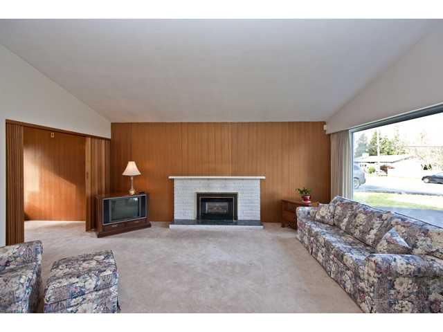 Photo 2: Photos: 1560 Harbour Drive in Coquitlam: Harbour Place House for sale : MLS®# V868002