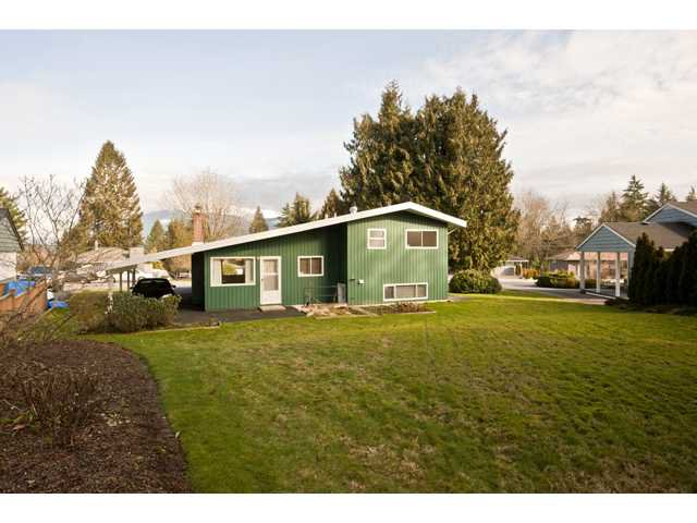Photo 10: Photos: 1560 Harbour Drive in Coquitlam: Harbour Place House for sale : MLS®# V868002