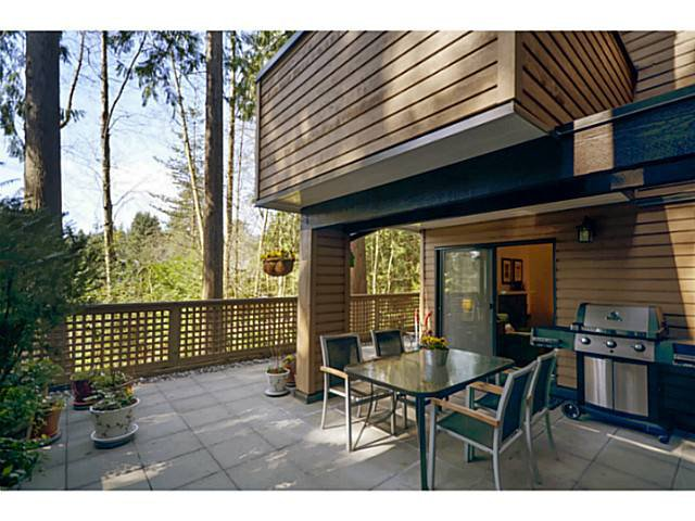 Main Photo: 109 3275 Mountain Highway in : Lynn Valley Condo for sale (North Vancouver)  : MLS®# V998623