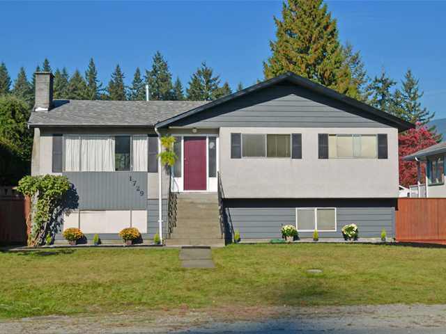 """Main Photo: 1729 LAURIER Avenue in Port Coquitlam: Glenwood PQ House for sale in """"GLENWOOD"""" : MLS®# V1033394"""
