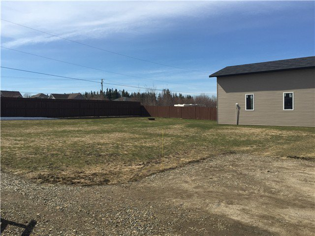 Photo 4: Photos: 9339 120TH Avenue in Fort St. John: Fort St. John - Rural E 100th Manufactured Home for sale (Fort St. John (Zone 60))  : MLS®# N244202