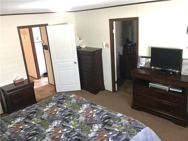 Photo 11: Photos: 9339 120TH Avenue in Fort St. John: Fort St. John - Rural E 100th Manufactured Home for sale (Fort St. John (Zone 60))  : MLS®# N244202
