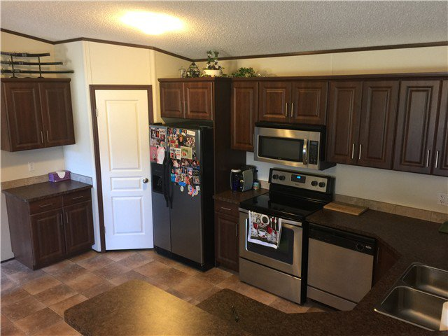 Photo 7: Photos: 9339 120TH Avenue in Fort St. John: Fort St. John - Rural E 100th Manufactured Home for sale (Fort St. John (Zone 60))  : MLS®# N244202