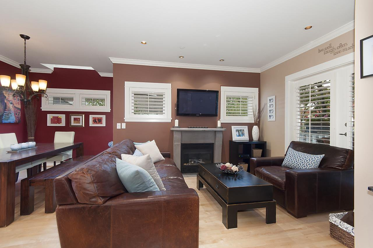 Photo 3: Photos: 1918 W 11TH Avenue in Vancouver: Kitsilano Townhouse for sale (Vancouver West)  : MLS®# R2066055