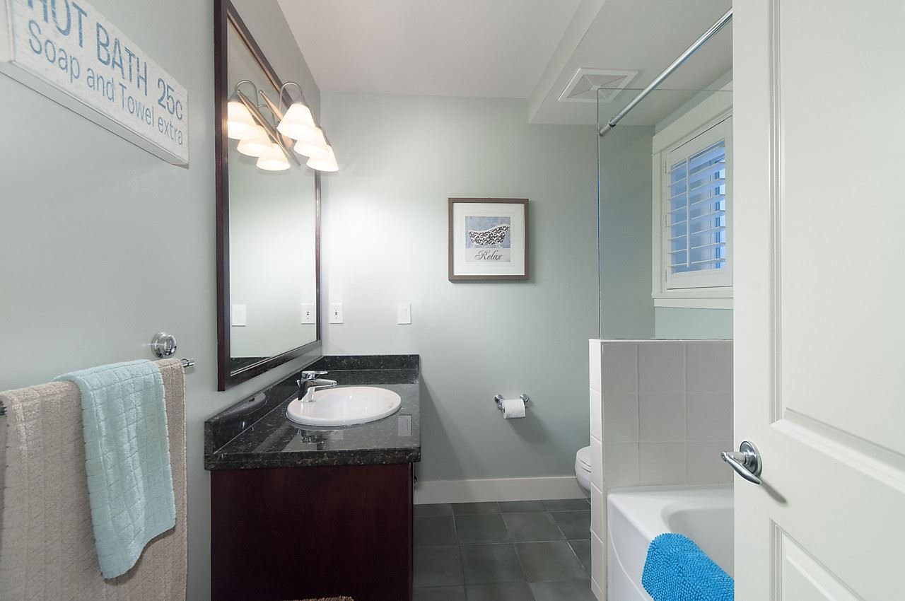 Photo 15: Photos: 1918 W 11TH Avenue in Vancouver: Kitsilano Townhouse for sale (Vancouver West)  : MLS®# R2066055