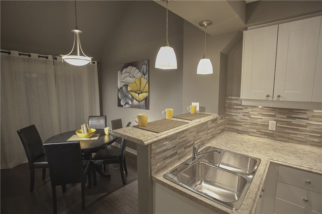 Photo 10: Photos: 13 12 Lankin Boulevard: Orillia Condo for sale : MLS®# X3507653