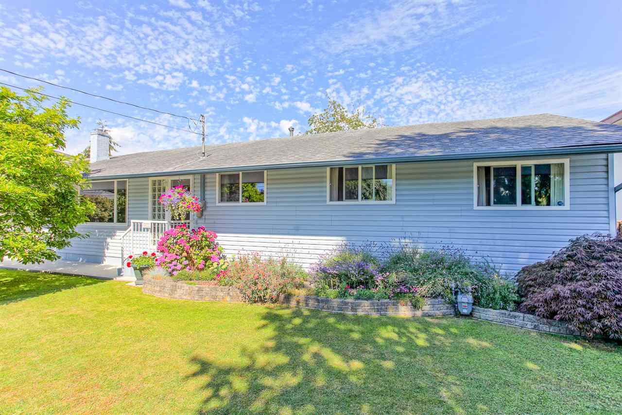 "Main Photo: 4872 58 Street in Delta: Hawthorne House for sale in ""HAWTHORNE"" (Ladner)  : MLS®# R2092156"