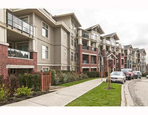 """Main Photo: 203 285 ROSS Drive in New Westminster: Fraserview NW Condo for sale in """"THE GROVE"""" : MLS®# R2127941"""