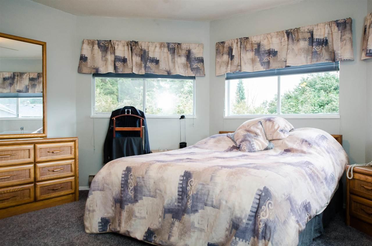 "Photo 12: Photos: 11868 WOODLYNN Court in Delta: Sunshine Hills Woods House for sale in ""Sunshine Hills"" (N. Delta)  : MLS®# R2141097"