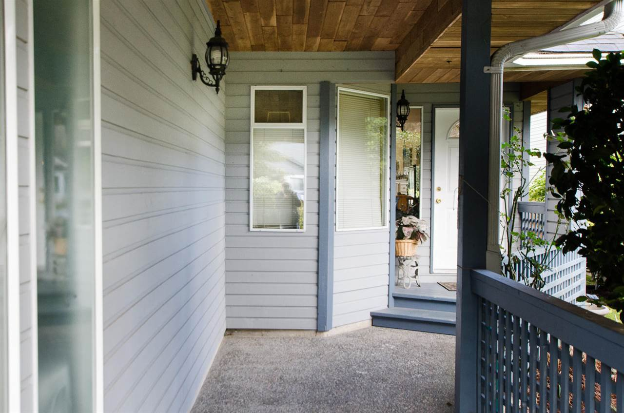 "Photo 2: Photos: 11868 WOODLYNN Court in Delta: Sunshine Hills Woods House for sale in ""Sunshine Hills"" (N. Delta)  : MLS®# R2141097"