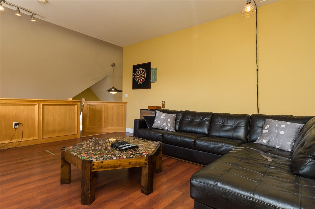 """Photo 19: Photos: 304 7151 121 Street in Surrey: West Newton Condo for sale in """"The Highlands"""" : MLS®# R2155780"""
