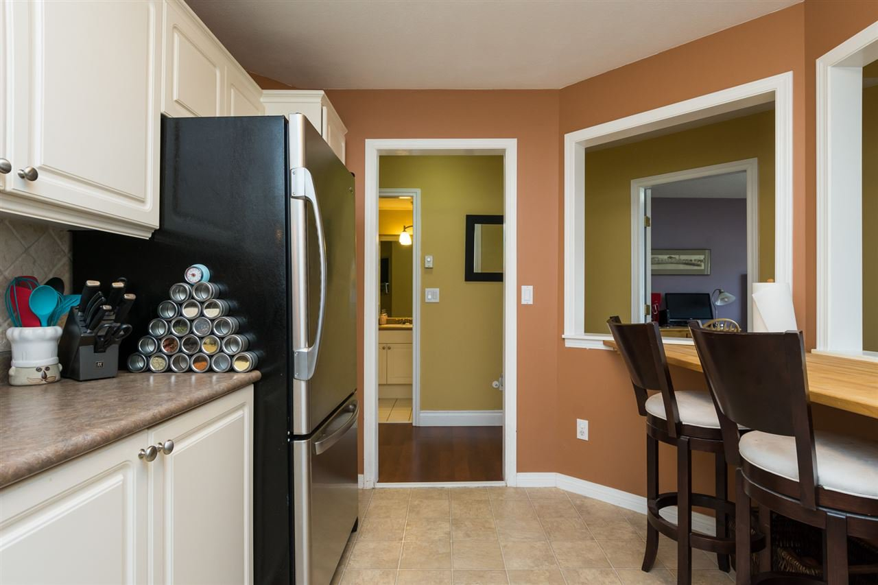 """Photo 10: Photos: 304 7151 121 Street in Surrey: West Newton Condo for sale in """"The Highlands"""" : MLS®# R2155780"""