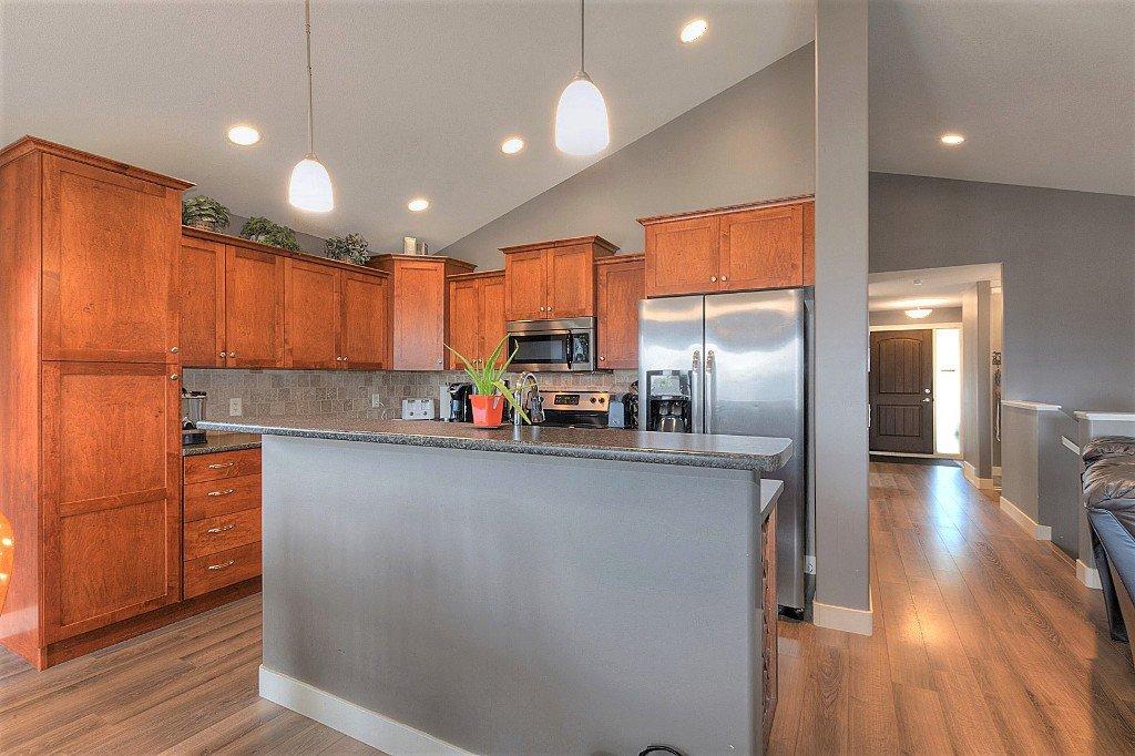 Main Photo: 323 Arab Road in Kelowna: North Glenmore House for sale (Central Okanagan)  : MLS®# 10137475