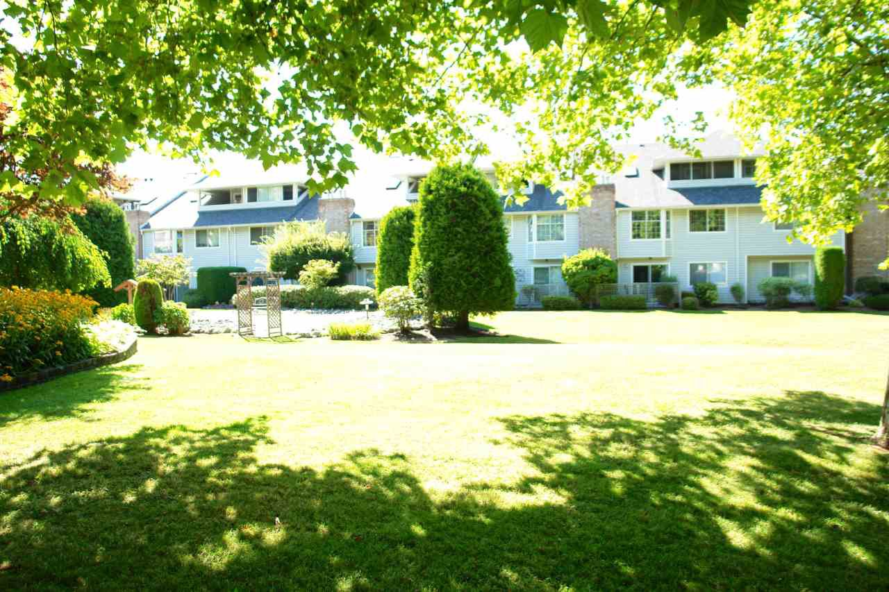 "Photo 16: Photos: 101 11578 225 Street in Maple Ridge: East Central Condo for sale in ""THE WILLOWS"" : MLS®# R2201639"