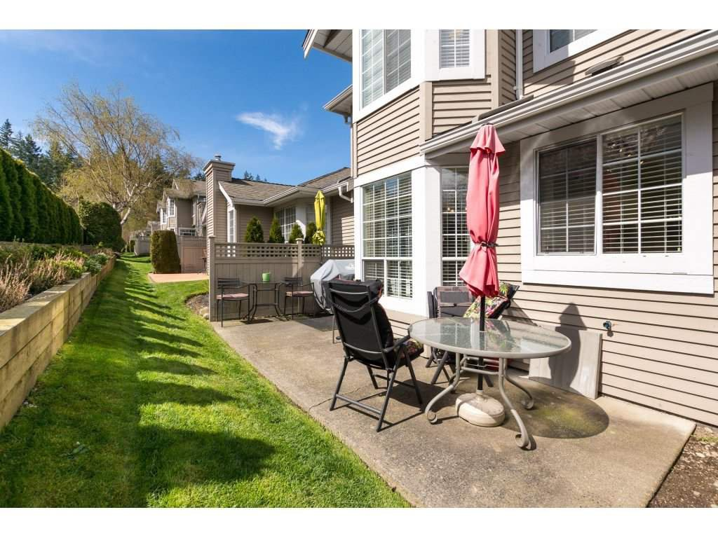 """Photo 20: Photos: 31 2688 150 Street in Surrey: Sunnyside Park Surrey Townhouse for sale in """"Westmoor"""" (South Surrey White Rock)  : MLS®# R2256437"""