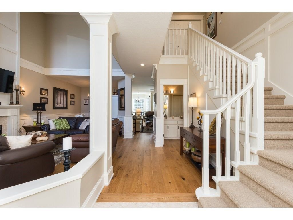 """Photo 4: Photos: 31 2688 150 Street in Surrey: Sunnyside Park Surrey Townhouse for sale in """"Westmoor"""" (South Surrey White Rock)  : MLS®# R2256437"""