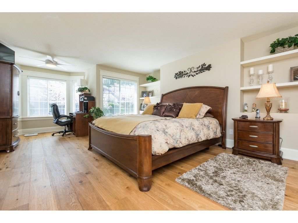"""Photo 17: Photos: 31 2688 150 Street in Surrey: Sunnyside Park Surrey Townhouse for sale in """"Westmoor"""" (South Surrey White Rock)  : MLS®# R2256437"""