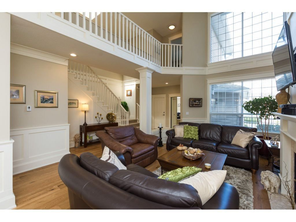 """Photo 6: Photos: 31 2688 150 Street in Surrey: Sunnyside Park Surrey Townhouse for sale in """"Westmoor"""" (South Surrey White Rock)  : MLS®# R2256437"""