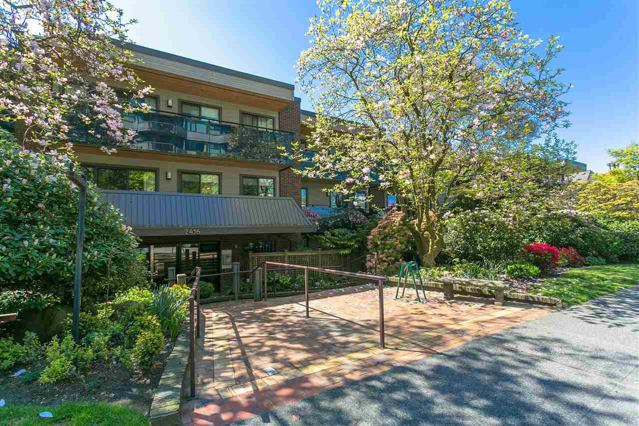 "Photo 15: Photos: 107 2416 W 3RD Avenue in Vancouver: Kitsilano Condo for sale in ""Landmark Reef"" (Vancouver West)  : MLS®# R2262519"