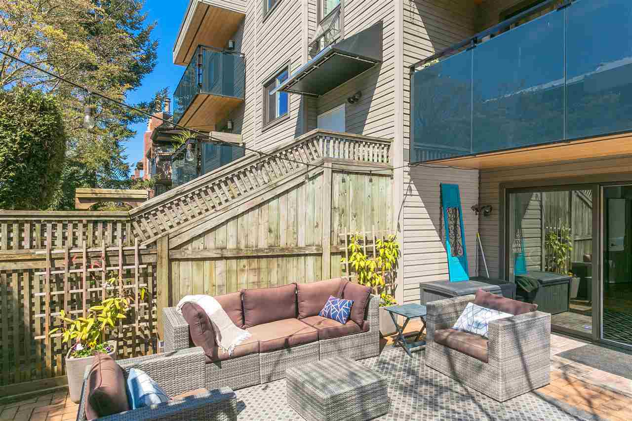 "Photo 12: Photos: 107 2416 W 3RD Avenue in Vancouver: Kitsilano Condo for sale in ""Landmark Reef"" (Vancouver West)  : MLS®# R2262519"