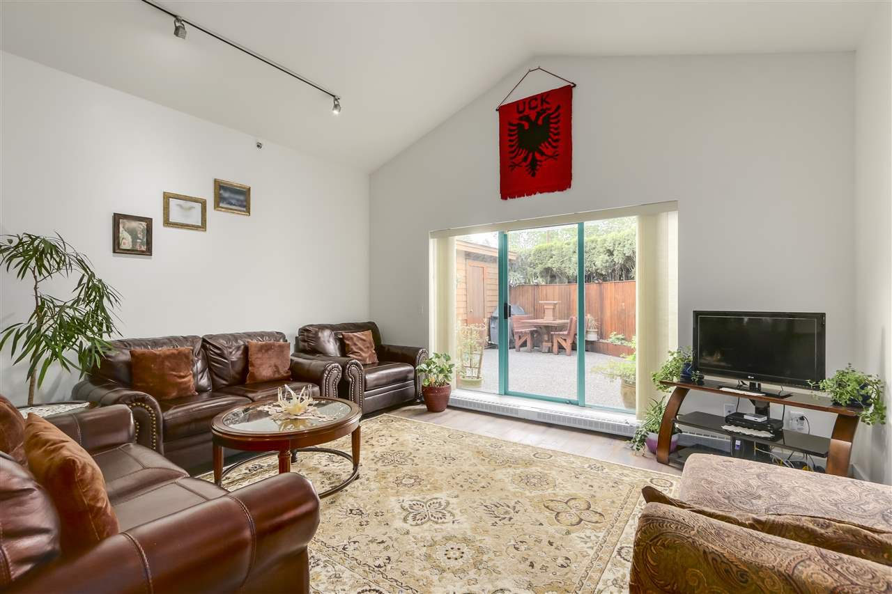 """Main Photo: 34 3200 WESTWOOD Street in Port Coquitlam: Central Pt Coquitlam Condo for sale in """"HIDDEN HILLS"""" : MLS®# R2266792"""