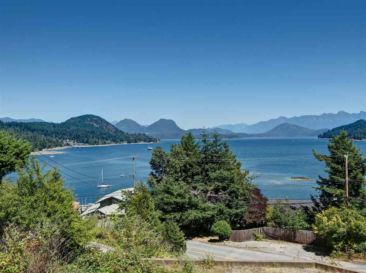 "Main Photo: 31 377 SKYLINE Drive in Gibsons: Gibsons & Area Land for sale in ""The Bluff"" (Sunshine Coast)  : MLS®# R2272873"