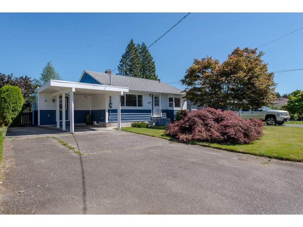 Main Photo: 45615 HERRON Avenue in Chilliwack: Chilliwack N Yale-Well House for sale : MLS®# R2284952