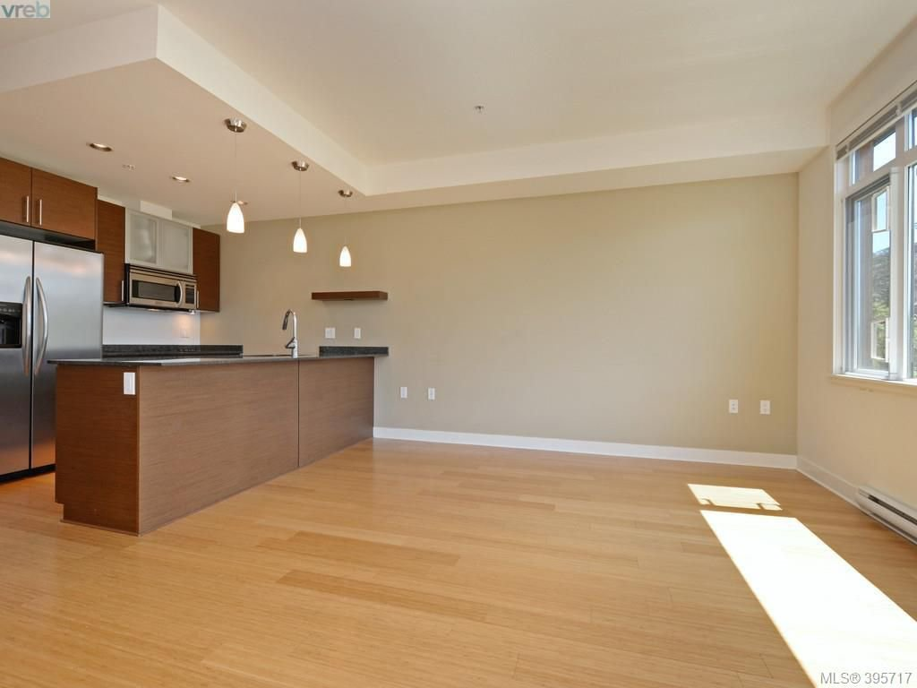 Photo 10: Photos: 203 3614 Richmond Road in VICTORIA: SE Mt Tolmie Condo Apartment for sale (Saanich East)  : MLS®# 395717