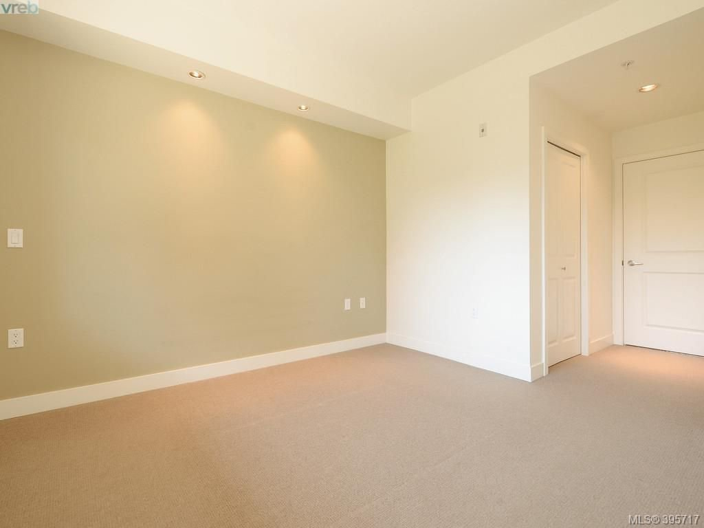 Photo 15: Photos: 203 3614 Richmond Road in VICTORIA: SE Mt Tolmie Condo Apartment for sale (Saanich East)  : MLS®# 395717
