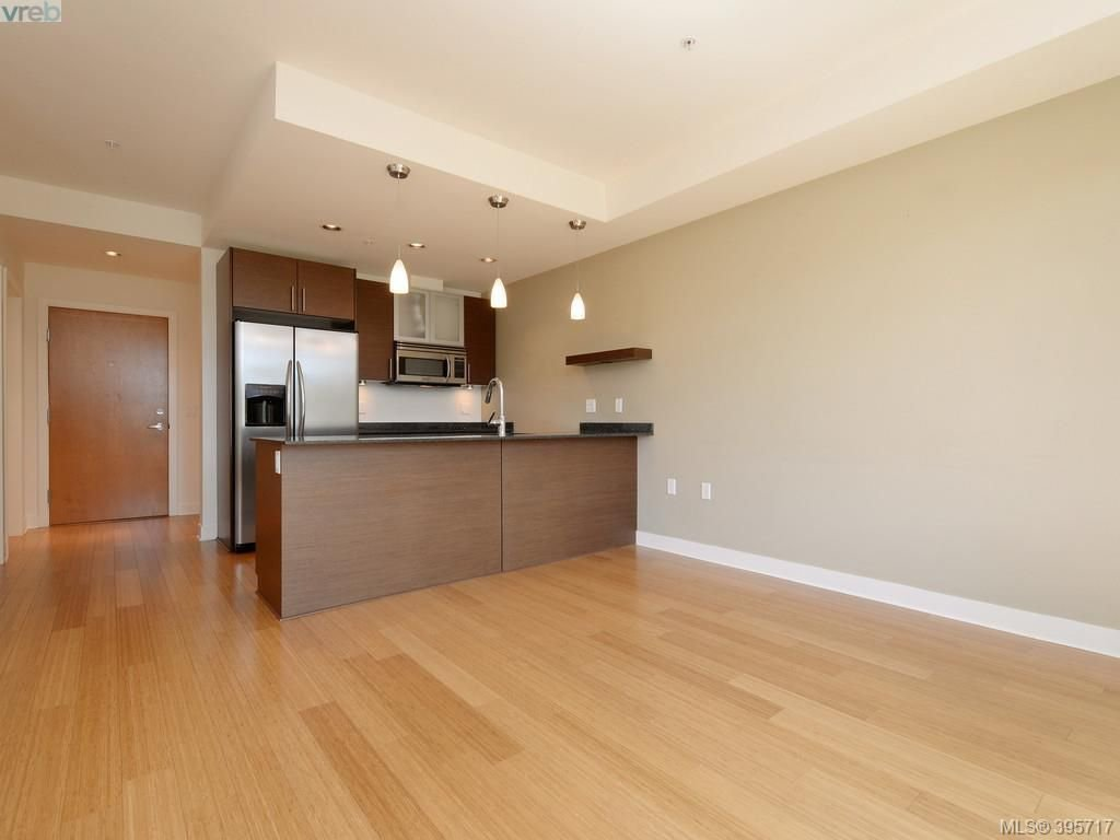 Photo 6: Photos: 203 3614 Richmond Road in VICTORIA: SE Mt Tolmie Condo Apartment for sale (Saanich East)  : MLS®# 395717