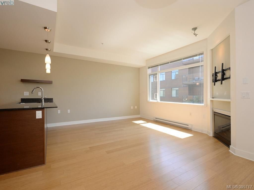 Photo 9: Photos: 203 3614 Richmond Road in VICTORIA: SE Mt Tolmie Condo Apartment for sale (Saanich East)  : MLS®# 395717