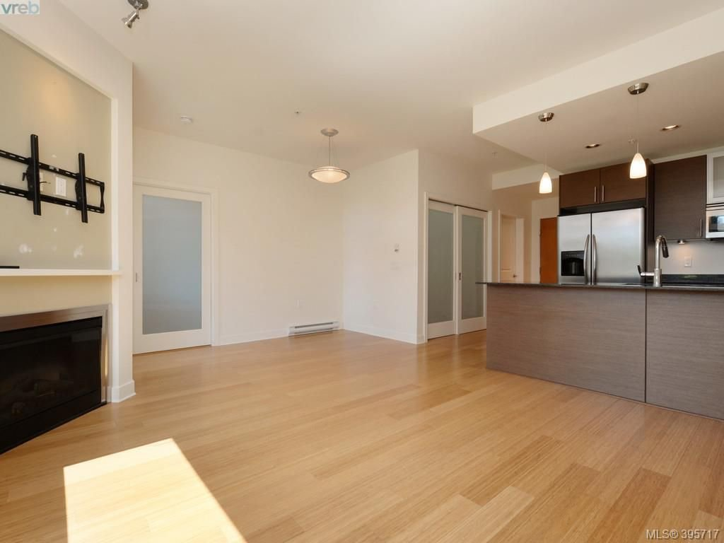 Photo 5: Photos: 203 3614 Richmond Road in VICTORIA: SE Mt Tolmie Condo Apartment for sale (Saanich East)  : MLS®# 395717