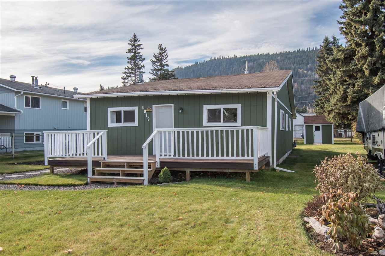 Photo 2: Photos: 4019 BROADWAY Avenue in Smithers: Smithers - Town House for sale (Smithers And Area (Zone 54))  : MLS®# R2315953